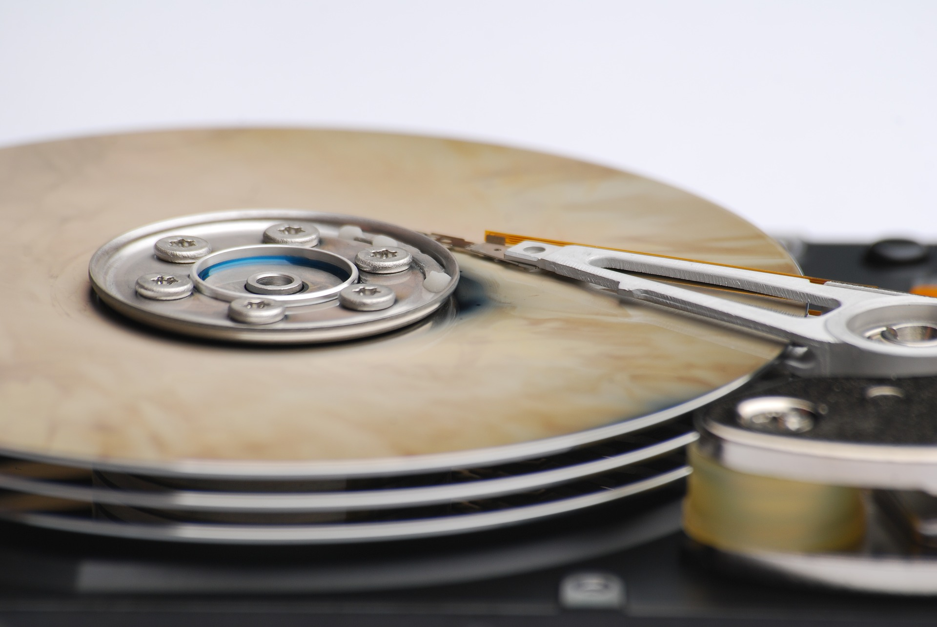 Hard Drive Failure: 5 Signs that You Should Know