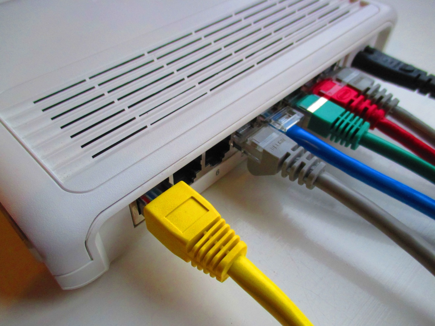 Cat5 Cat5e And Cat6 Ethernet Cables Explained Manual Guide