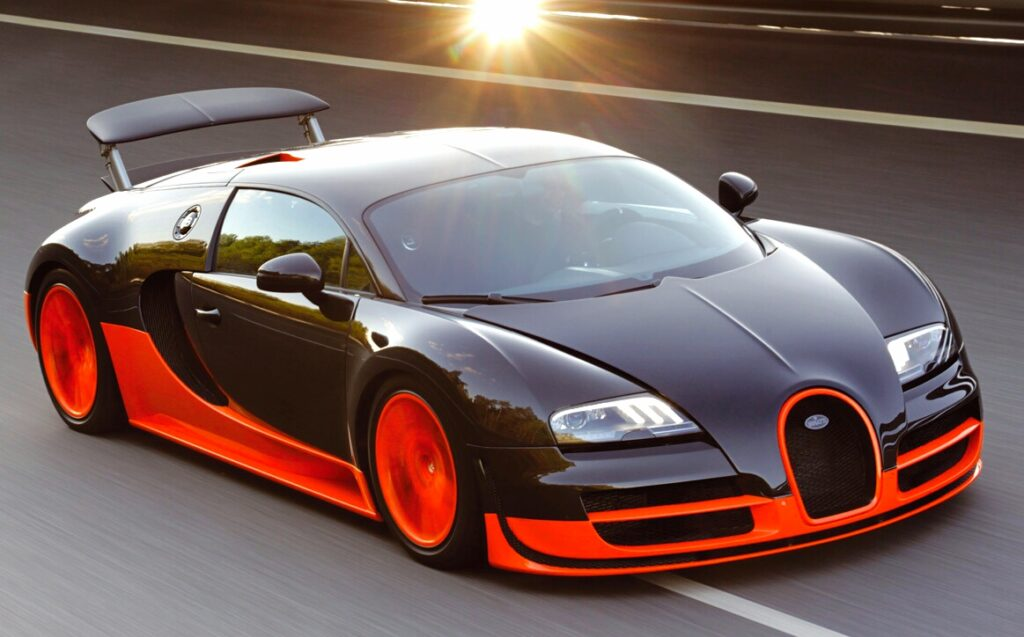You would be surprised that Bugatti Veyron EB 16.4 has 7993cc engine which also provides it approval in the Fastest Cars in The World list.